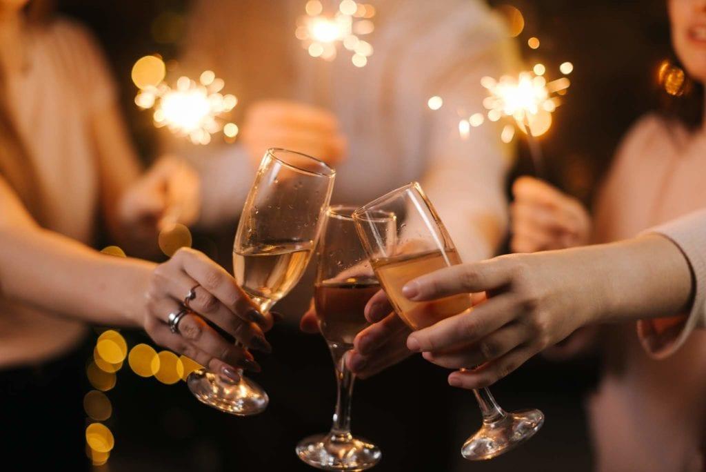 Champagne Cheersing
